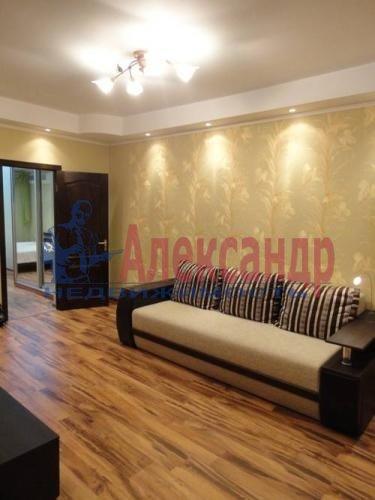 1-комнатная квартира (46м2) в аренду по адресу Композиторов ул., 12— фото 1 из 4