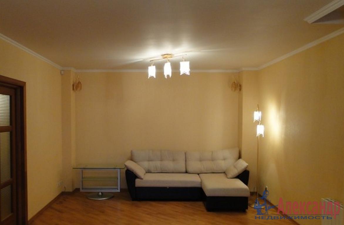 2-комнатная квартира (60м2) в аренду по адресу Кременчугская ул., 11— фото 2 из 3
