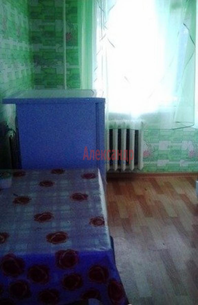 Комната в 3-комнатной квартире (63м2) в аренду по адресу Пулковское шос., 13— фото 4 из 8