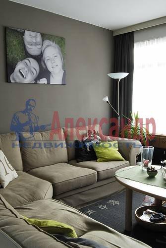 1-комнатная квартира (42м2) в аренду по адресу Восстания ул., 2— фото 2 из 3