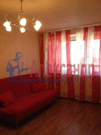 1-комнатная квартира (43м2) в аренду по адресу Парголово пос., Федора Абрамова ул., 12— фото 2 из 6