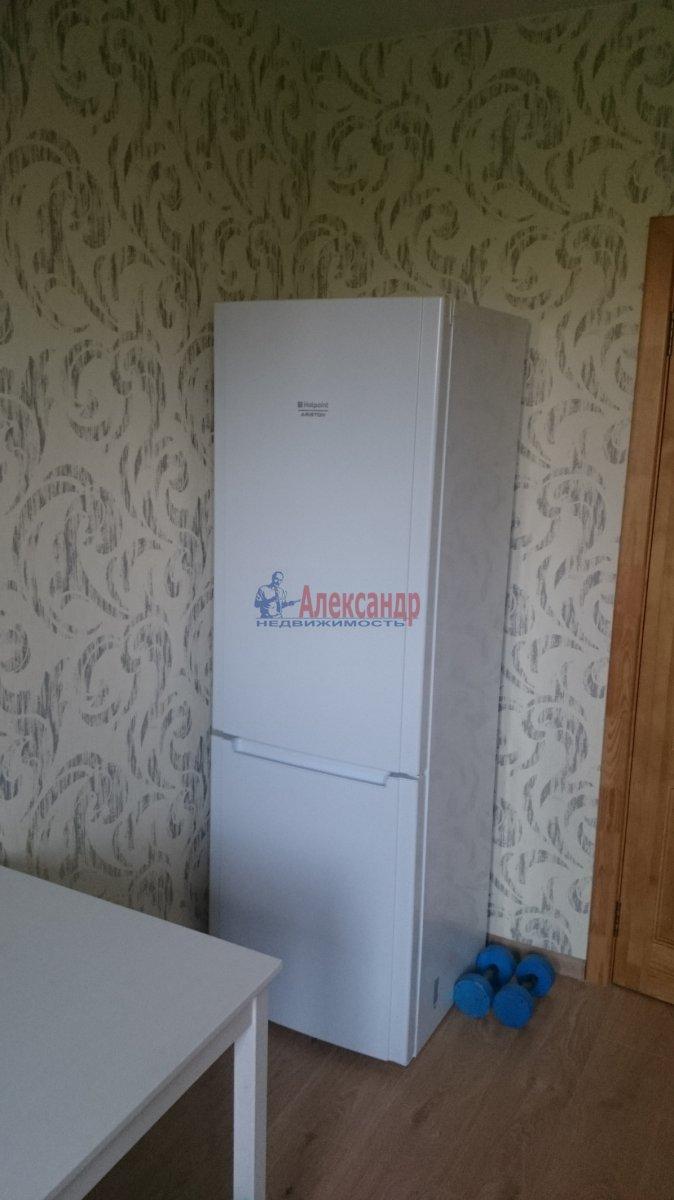 1-комнатная квартира (40м2) в аренду по адресу Маршала Казакова ул., 32/1— фото 7 из 10