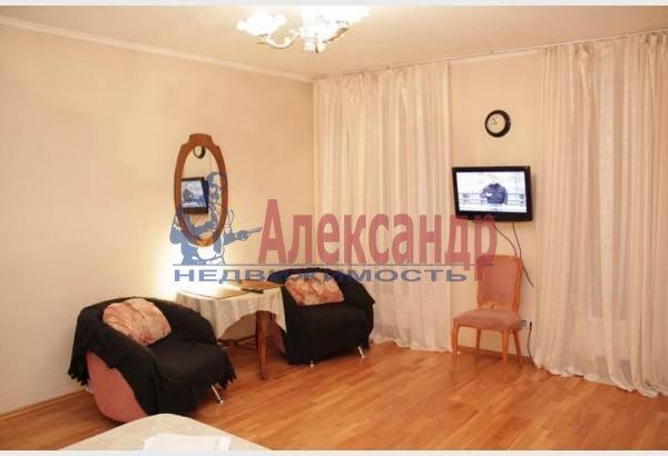 1-комнатная квартира (32м2) в аренду по адресу Адмиралтейский пр., 10— фото 6 из 8