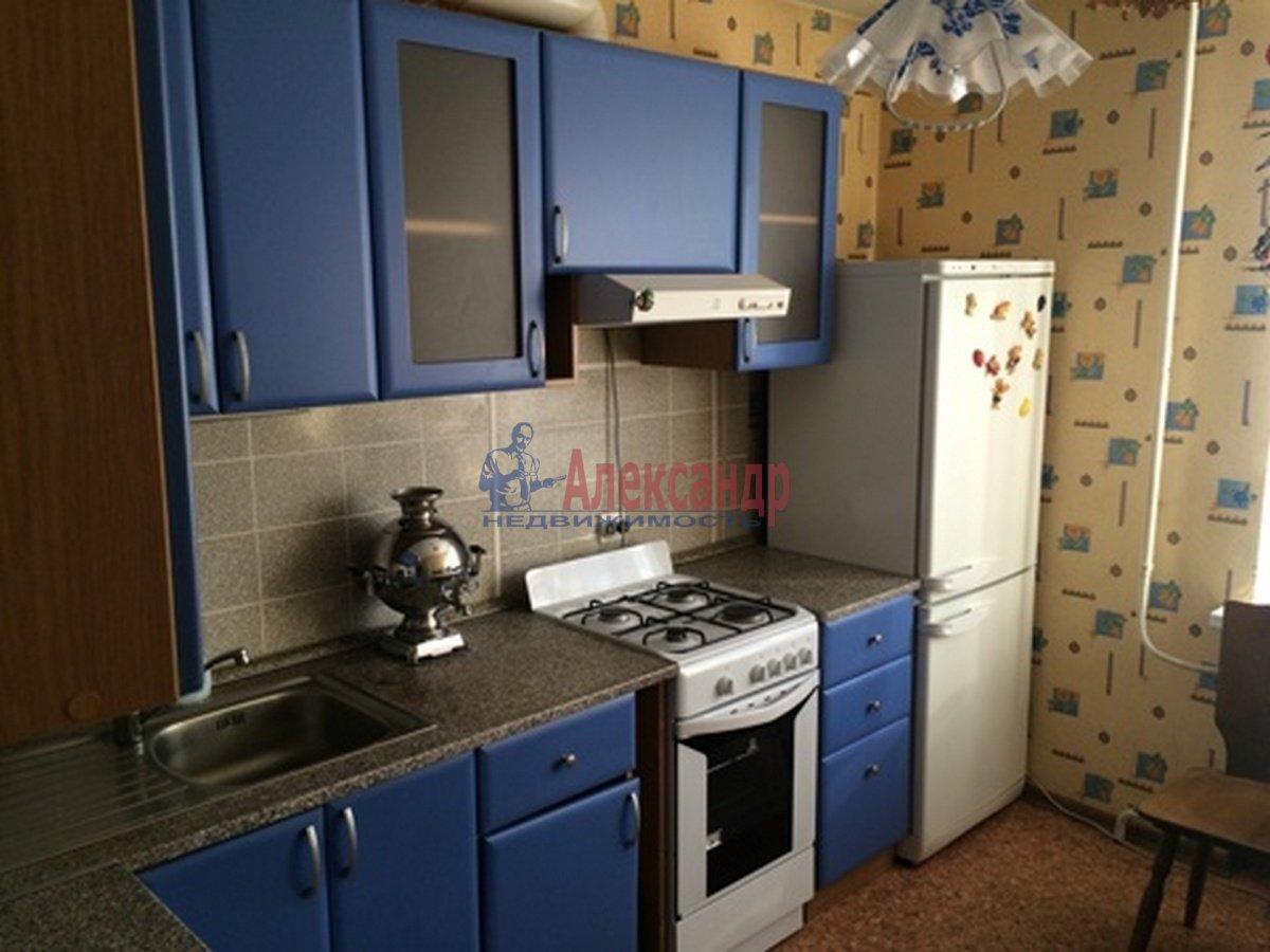 3-комнатная квартира (64м2) в аренду по адресу Новороссийская ул., 34— фото 1 из 3