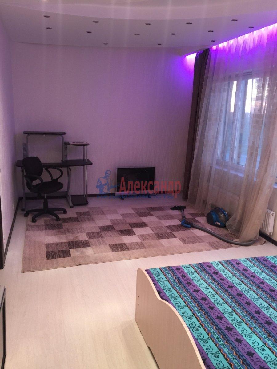 2-комнатная квартира (65м2) в аренду по адресу Богатырский пр., 60— фото 5 из 17
