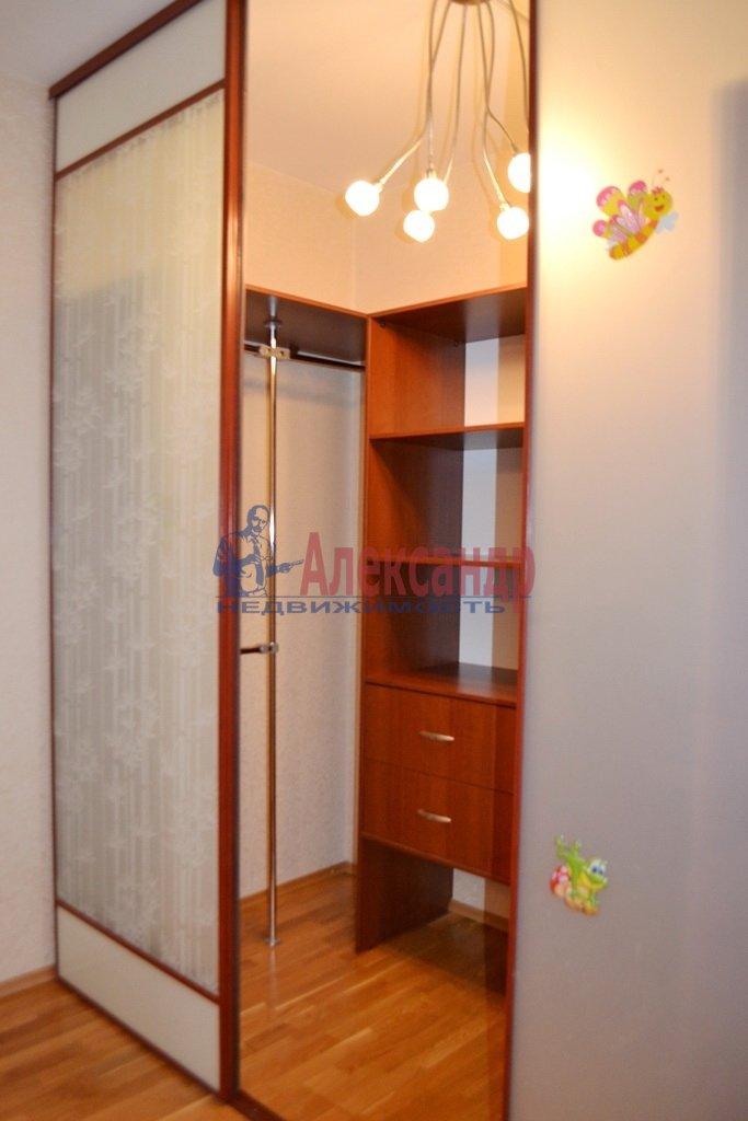 1-комнатная квартира (41м2) в аренду по адресу Шлиссельбургский пр., 24— фото 5 из 11