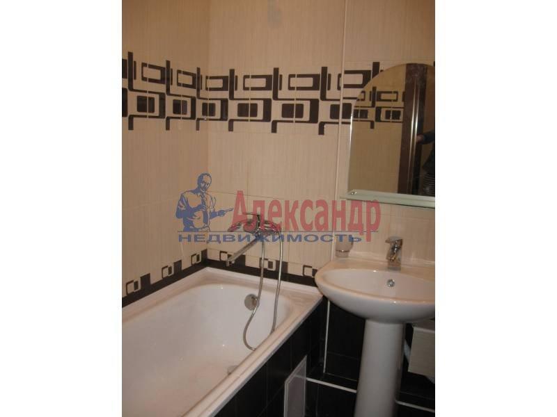 2-комнатная квартира (62м2) в аренду по адресу Коллонтай ул., 29— фото 2 из 8