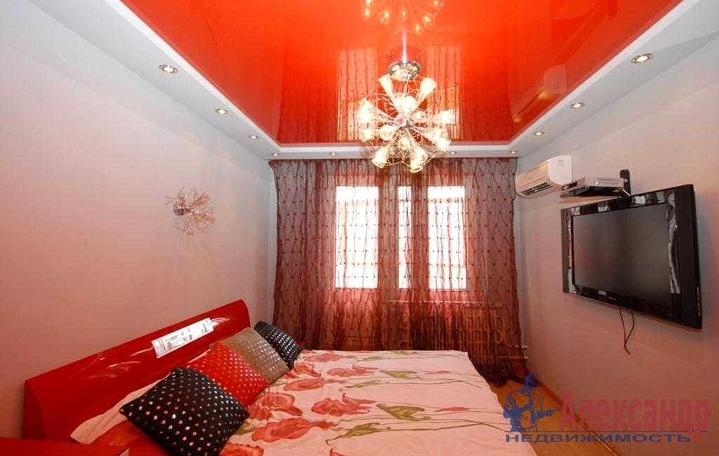 2-комнатная квартира (65м2) в аренду по адресу Шкапина ул., 11— фото 1 из 3