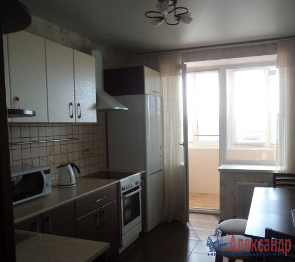 1-комнатная квартира (39м2) в аренду по адресу Мебельная ул., 19— фото 4 из 5