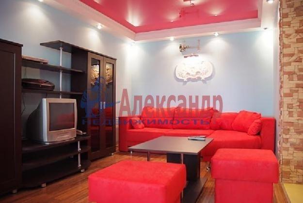 2-комнатная квартира (54м2) в аренду по адресу Дунайский пр., 43— фото 2 из 4