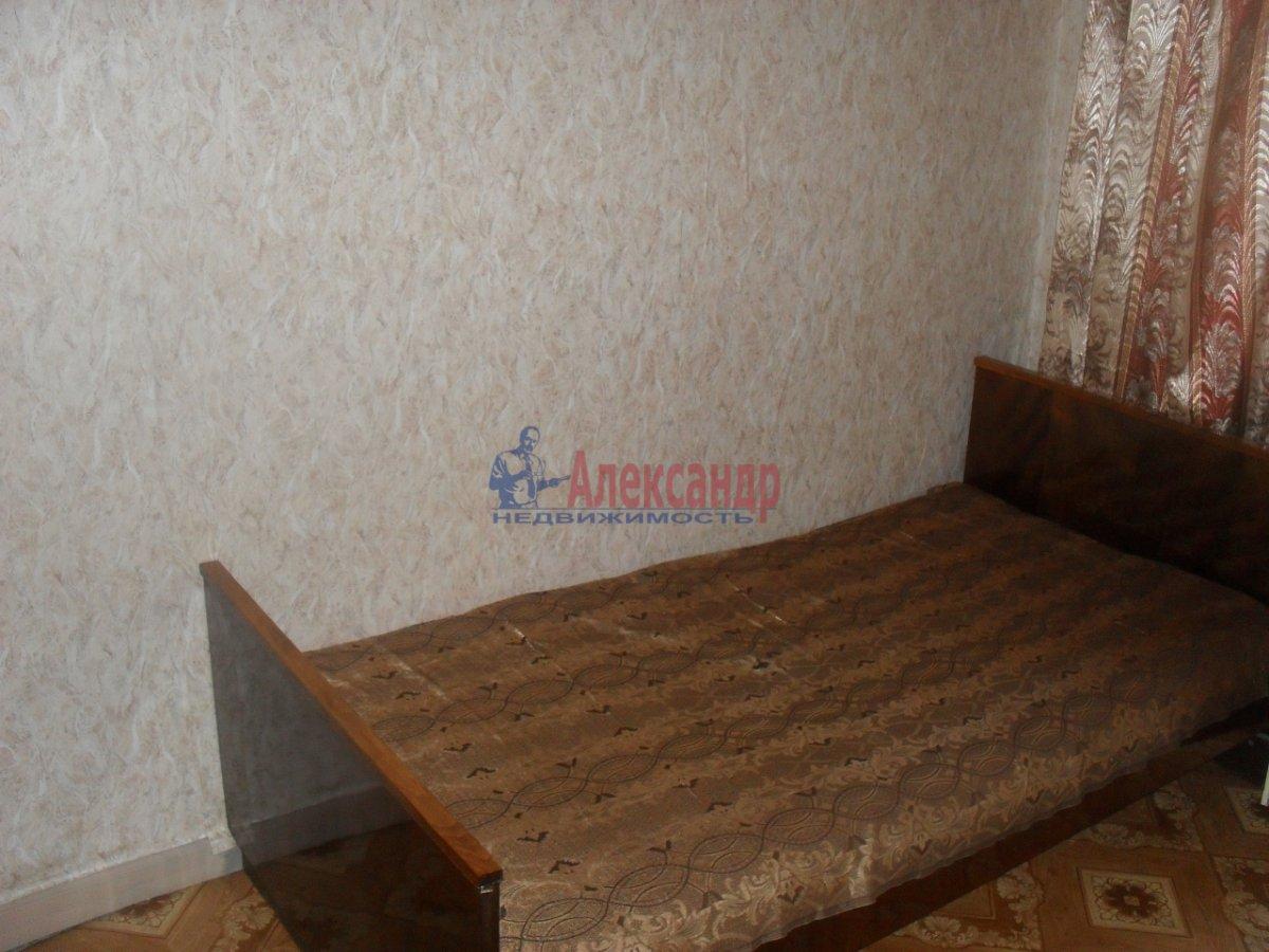 2-комнатная квартира (54м2) в аренду по адресу Белы Куна ул., 15— фото 3 из 6