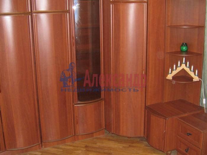 1-комнатная квартира (55м2) в аренду по адресу 2 Никитинская ул., 53— фото 3 из 10
