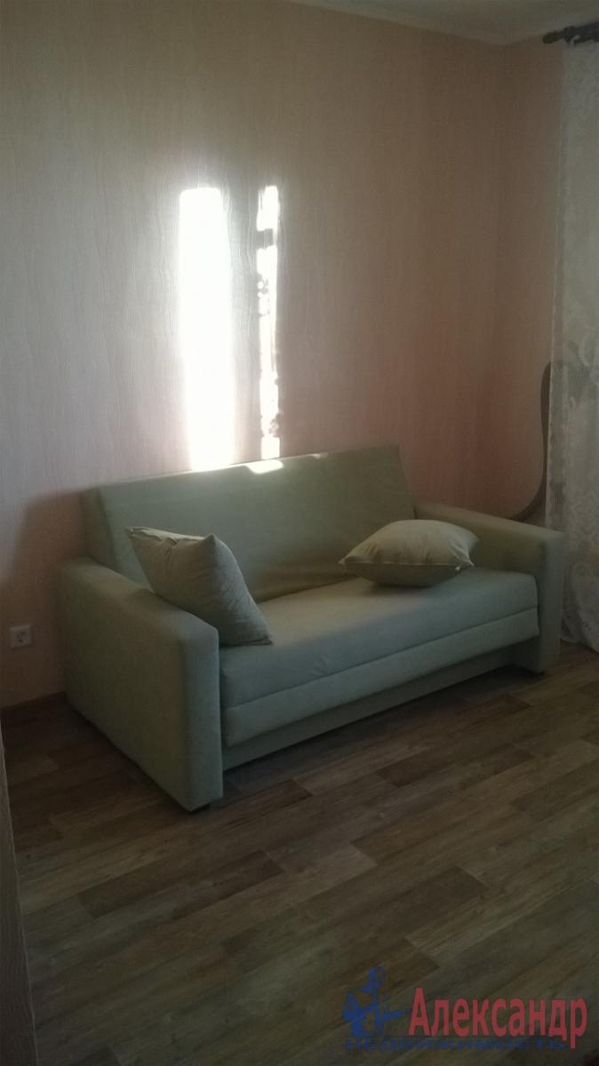 1-комнатная квартира (38м2) в аренду по адресу Дмитрия Устинова ул., 1— фото 1 из 3