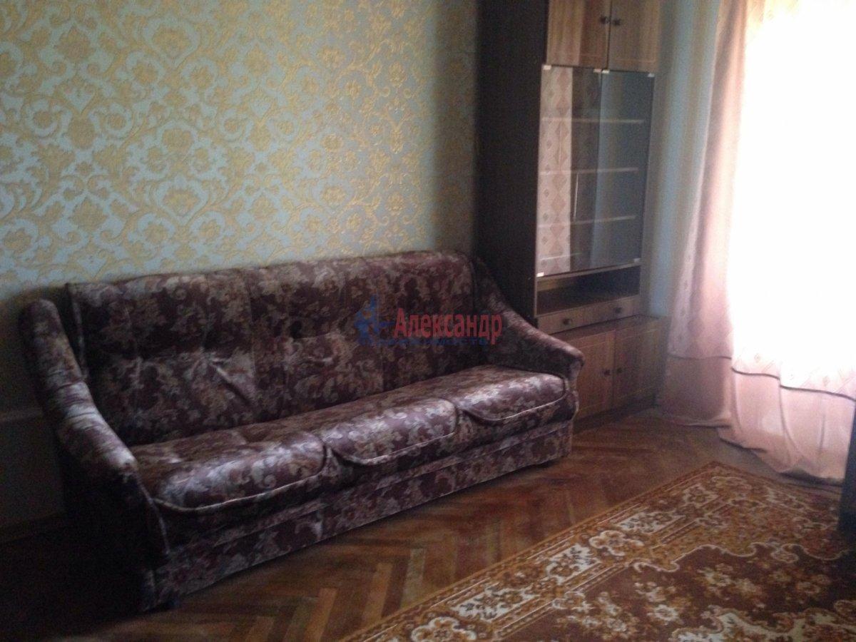 3-комнатная квартира (72м2) в аренду по адресу Долгоозерная ул., 5— фото 1 из 14