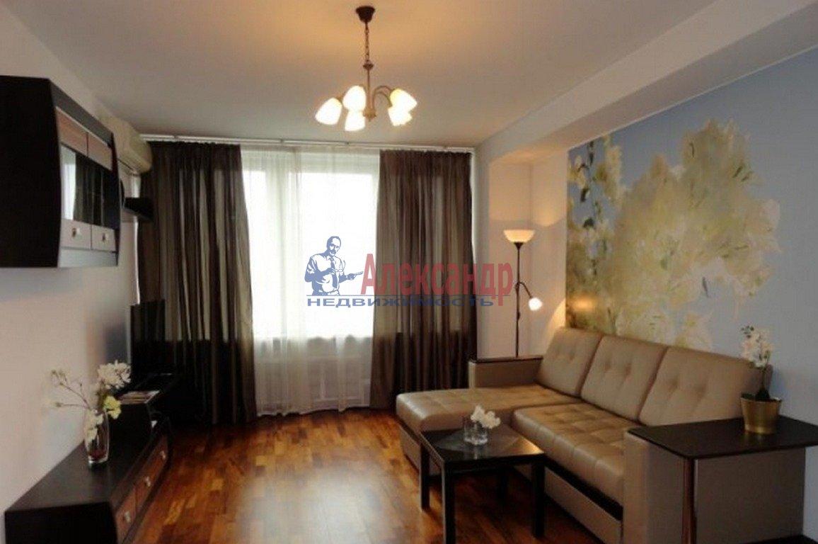 1-комнатная квартира (37м2) в аренду по адресу Кораблестроителей ул., 12— фото 1 из 2