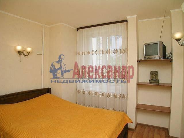 2-комнатная квартира (67м2) в аренду по адресу Ленина ул., 26— фото 4 из 12