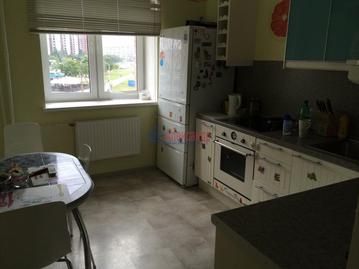 1-комнатная квартира (30м2) в аренду по адресу Автовская ул., 29— фото 1 из 6