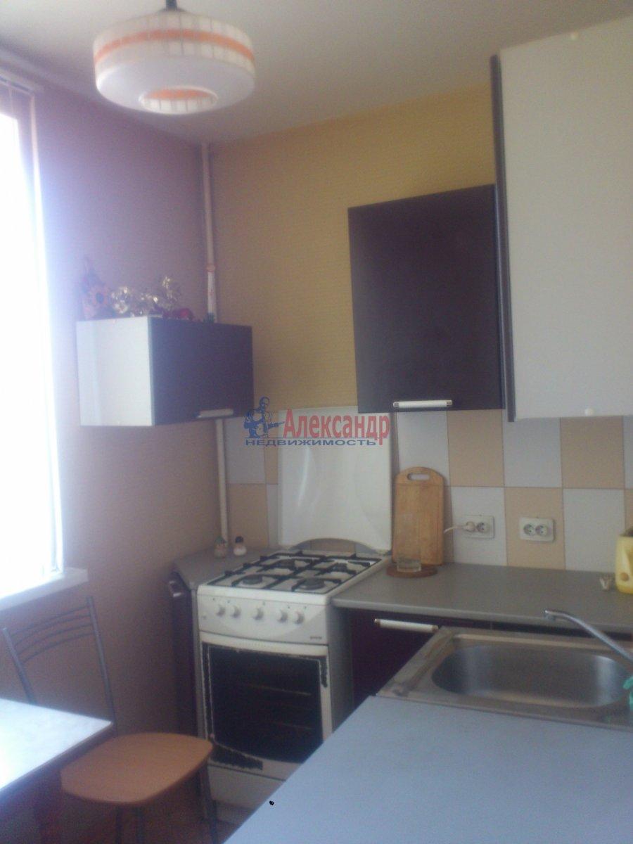 2-комнатная квартира (45м2) в аренду по адресу Байконурская ул., 19— фото 3 из 21