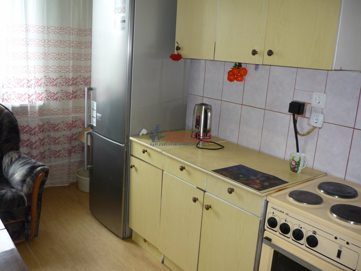 2-комнатная квартира (56м2) в аренду по адресу Авиаконструкторов пр., 17— фото 1 из 13
