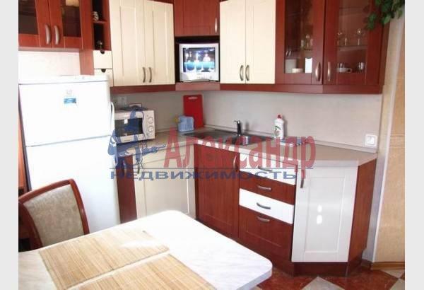 1-комнатная квартира (40м2) в аренду по адресу Маяковского ул., 30— фото 2 из 8
