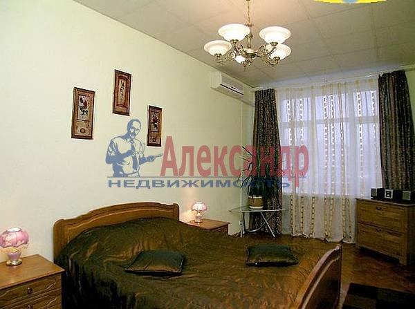2-комнатная квартира (60м2) в аренду по адресу Юрия Гагарина просп., 27— фото 1 из 3