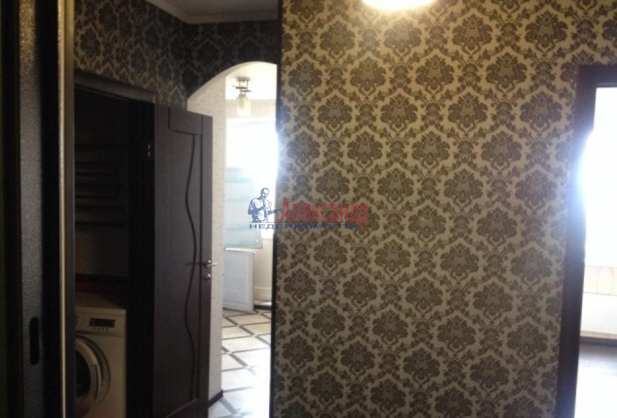 1-комнатная квартира (32м2) в аренду по адресу Козлова ул., 25— фото 1 из 4