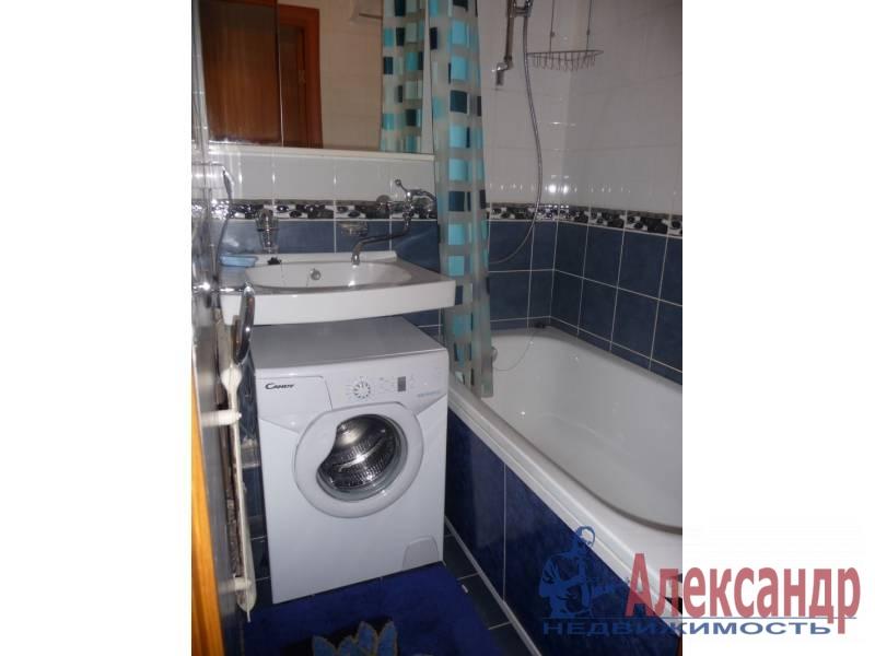 1-комнатная квартира (40м2) в аренду по адресу Парголово пос., 3 Верхний пер., 25— фото 3 из 3