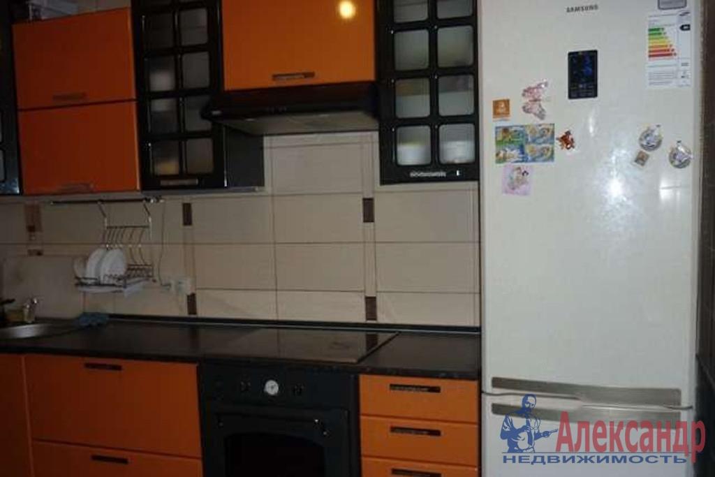 1-комнатная квартира (40м2) в аренду по адресу Камышовая ул., 7— фото 2 из 2
