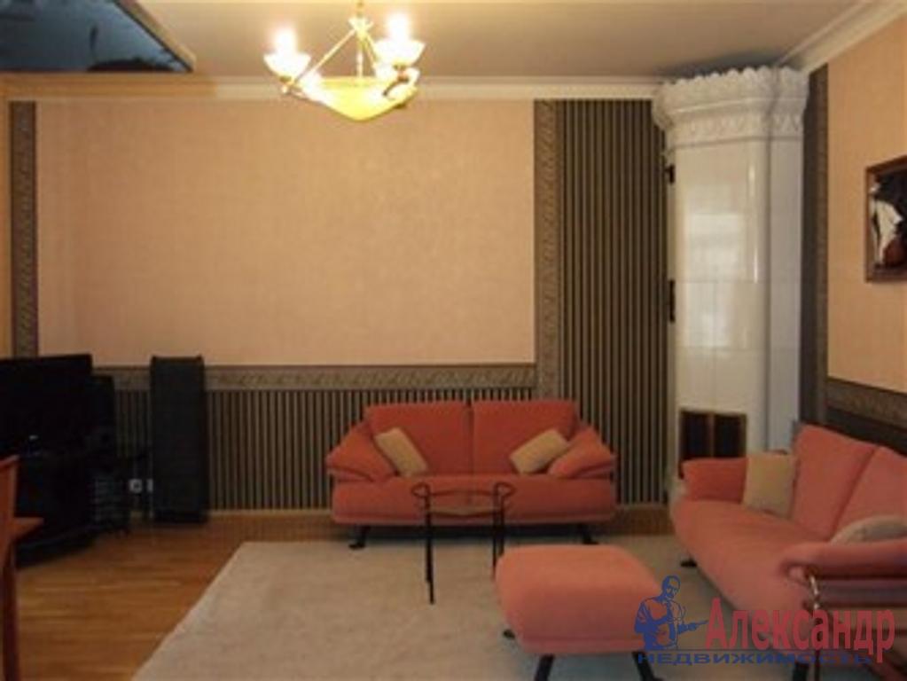 2-комнатная квартира (65м2) в аренду по адресу Съезжинская ул., 4— фото 1 из 3