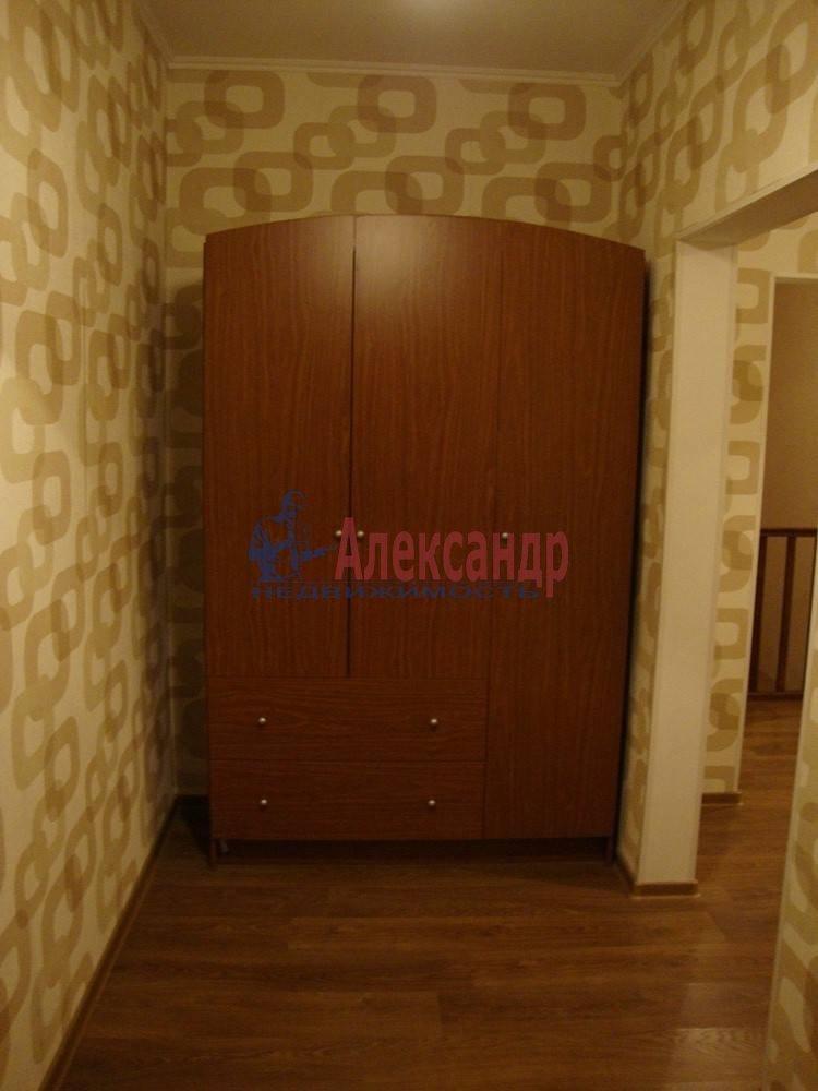 2-комнатная квартира (61м2) в аренду по адресу Солдата Корзуна ул., 4— фото 5 из 8
