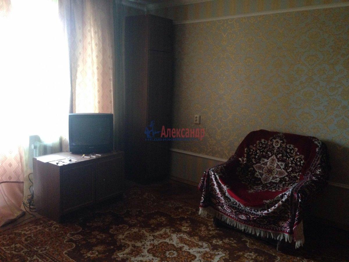3-комнатная квартира (72м2) в аренду по адресу Долгоозерная ул., 5— фото 2 из 14