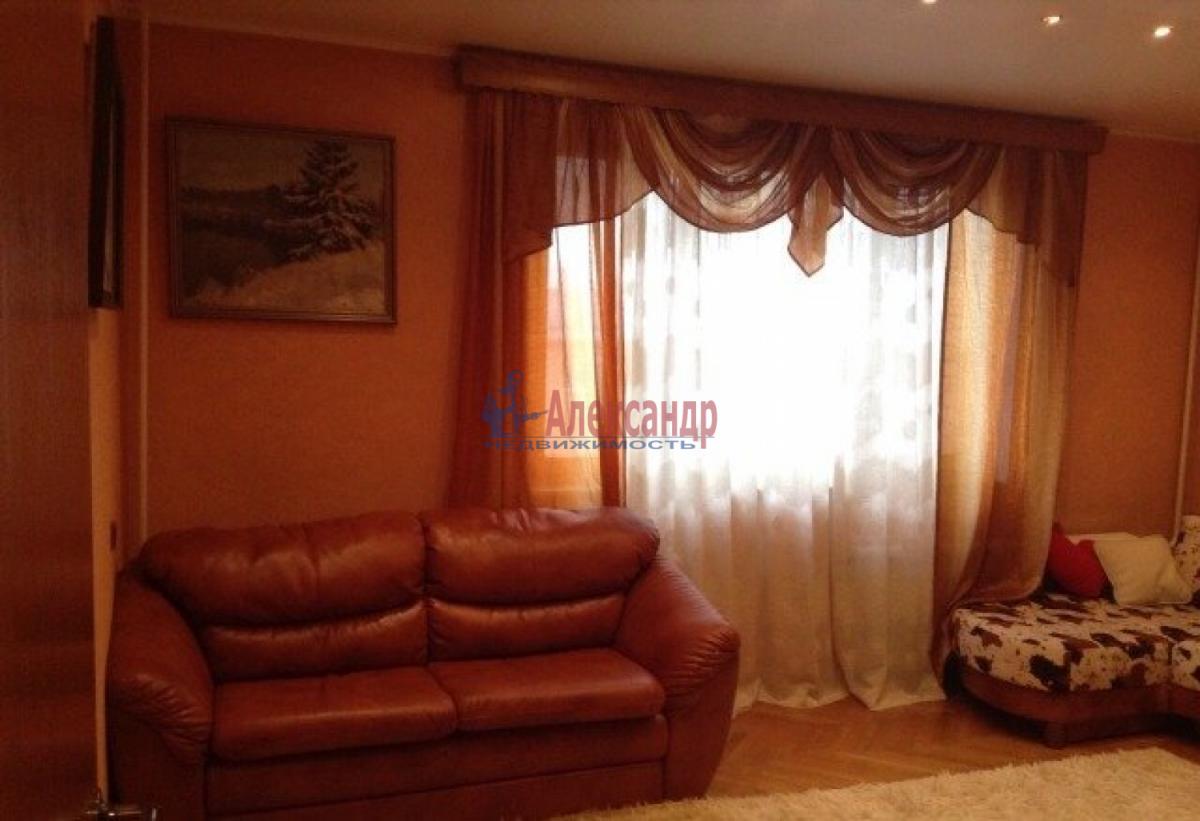 1-комнатная квартира (32м2) в аренду по адресу Народного Ополчения пр., 141— фото 1 из 6