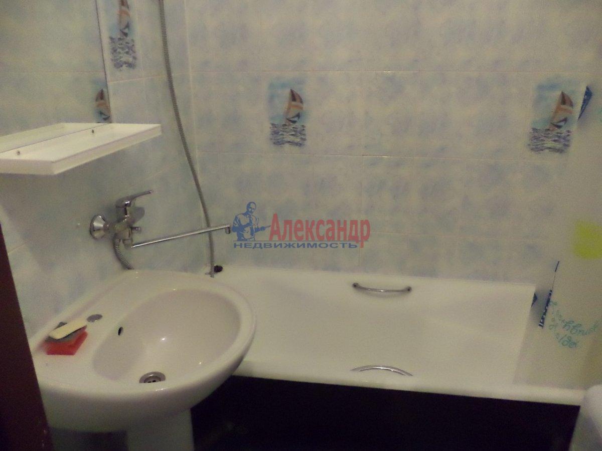 1-комнатная квартира (47м2) в аренду по адресу Будапештская ул., 7— фото 5 из 8