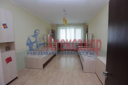 3-комнатная квартира (92м2) в аренду по адресу Бутлерова ул., 40— фото 8 из 8