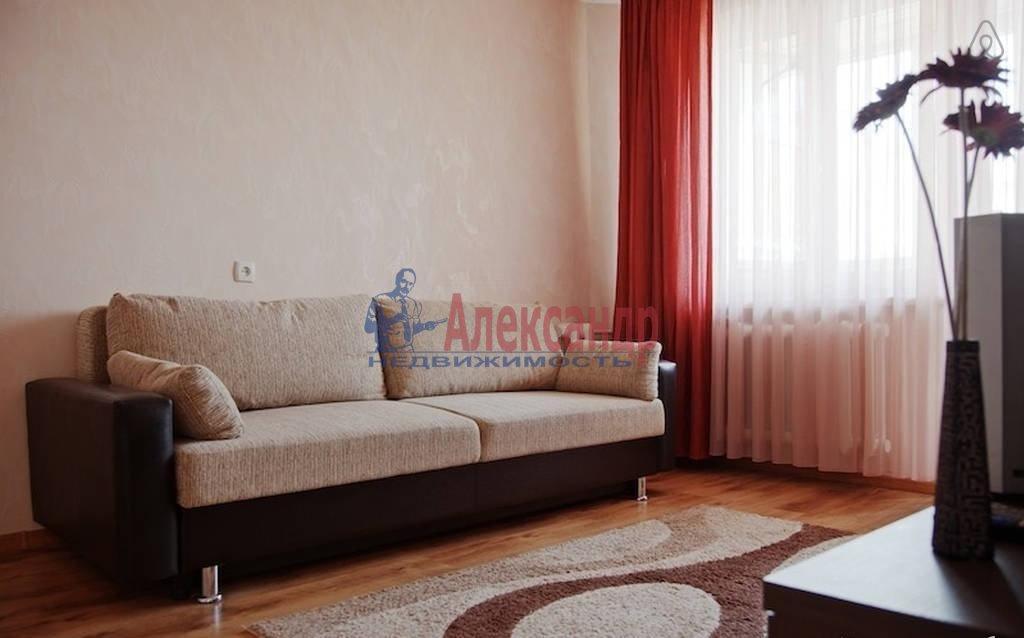 1-комнатная квартира (40м2) в аренду по адресу Федора Абрамова ул., 8— фото 2 из 2