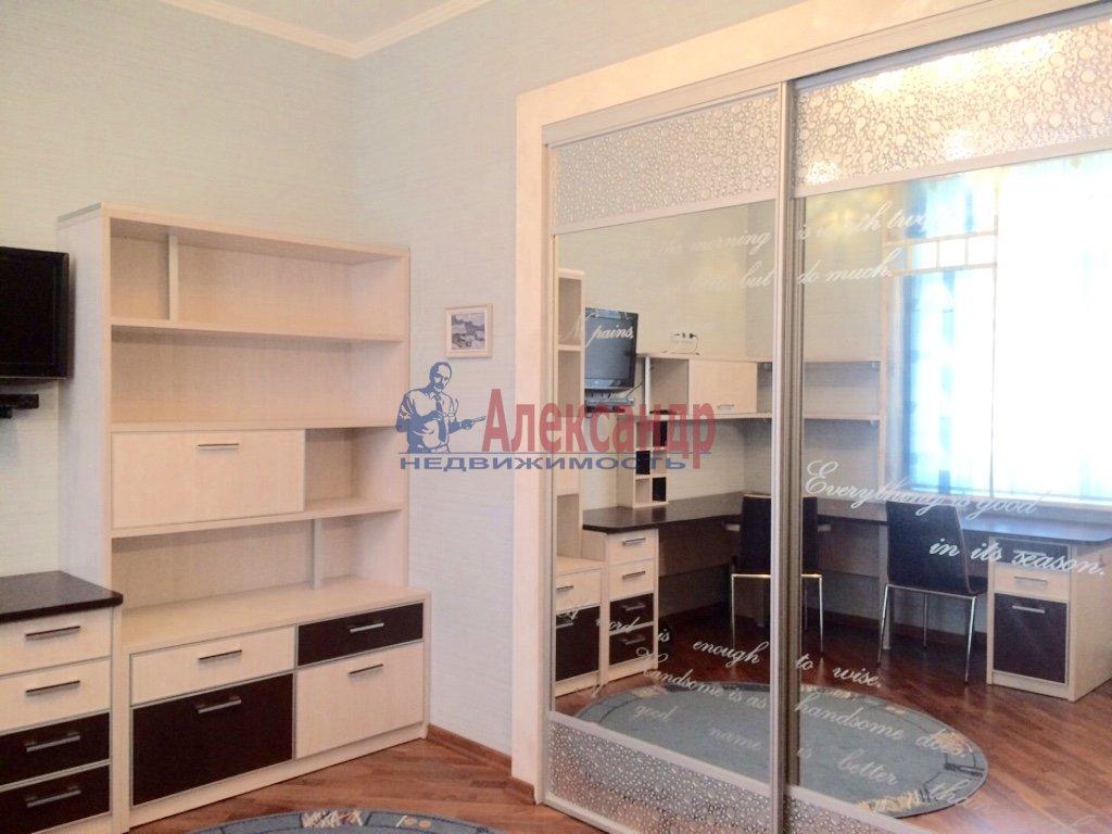 4-комнатная квартира (130м2) в аренду по адресу Бассейная ул., 10— фото 12 из 17