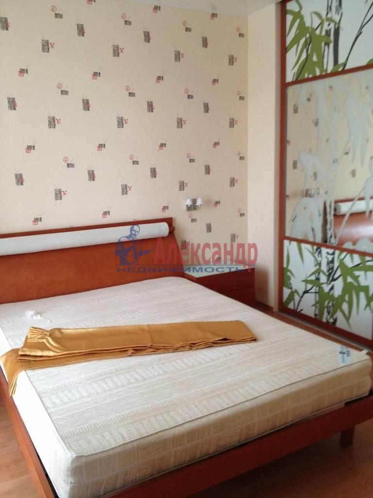 2-комнатная квартира (51м2) в аренду по адресу Клочков пер., 6— фото 1 из 8