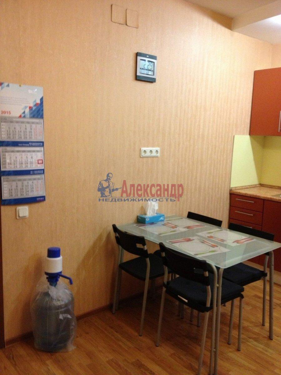 2-комнатная квартира (50м2) в аренду по адресу Шпалерная ул., 44— фото 5 из 12