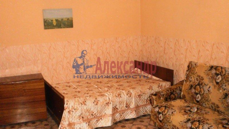 3-комнатная квартира (62м2) в аренду по адресу Дунайский пр., 41— фото 2 из 4