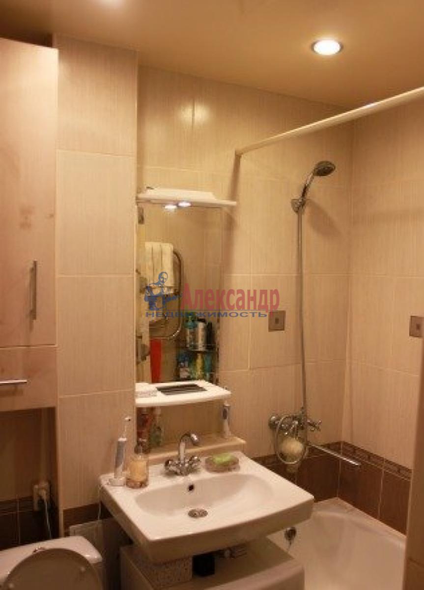 1-комнатная квартира (36м2) в аренду по адресу Космонавтов просп., 48— фото 2 из 5