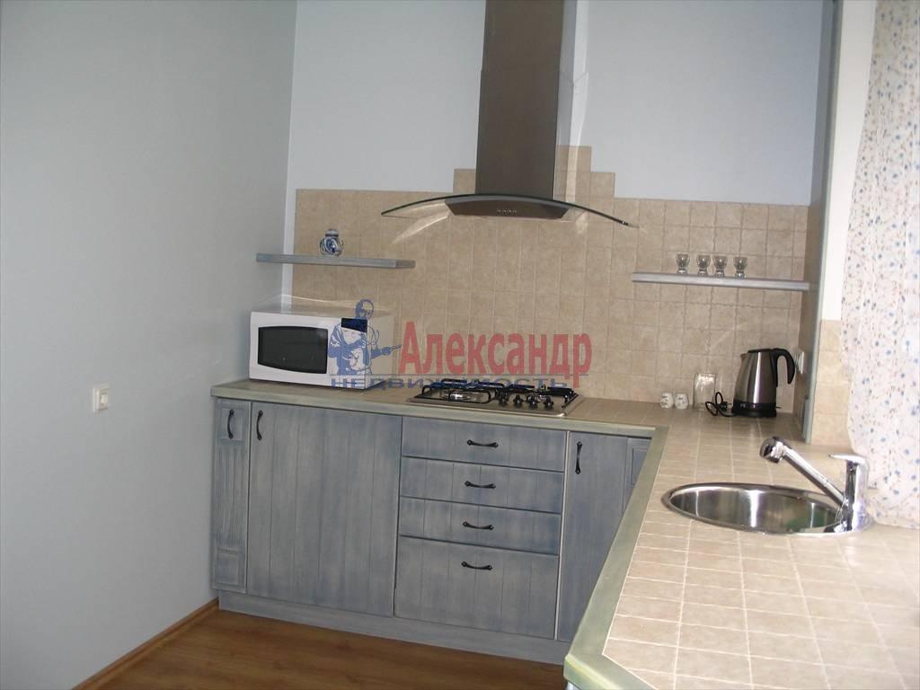 1-комнатная квартира (48м2) в аренду по адресу Пушкинская ул., 4— фото 4 из 8