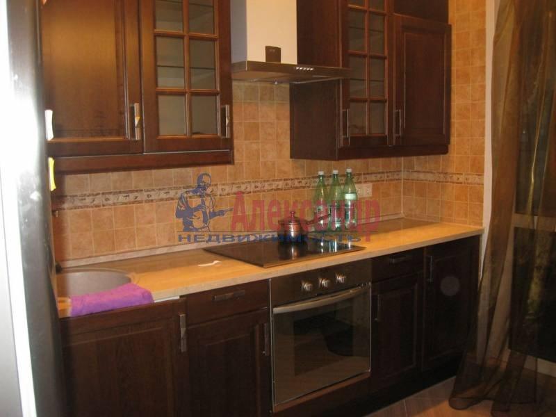 1-комнатная квартира (32м2) в аренду по адресу Космонавтов просп., 61— фото 3 из 3