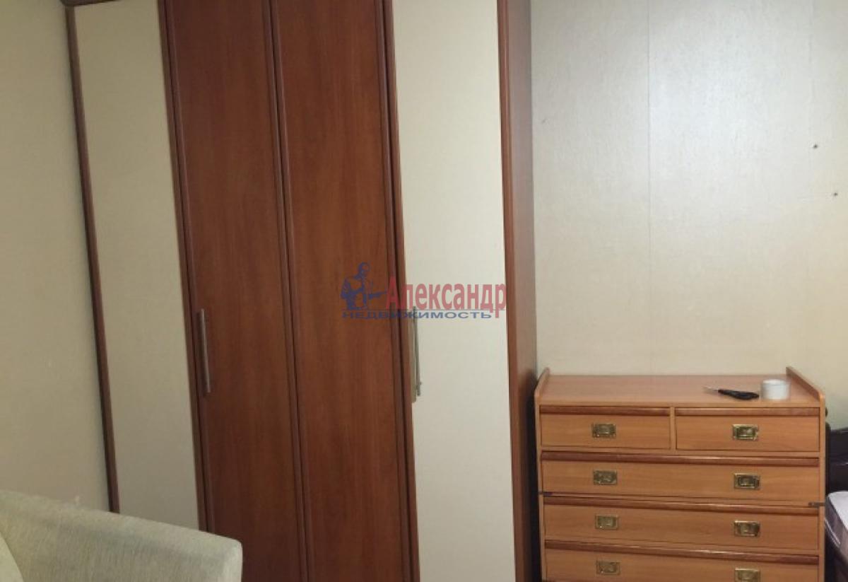1-комнатная квартира (41м2) в аренду по адресу Передовиков ул., 3— фото 5 из 8