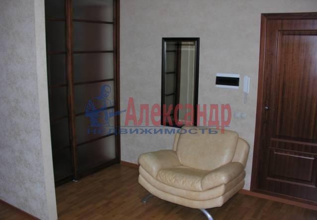 1-комнатная квартира (45м2) в аренду по адресу Марата ул.— фото 1 из 4