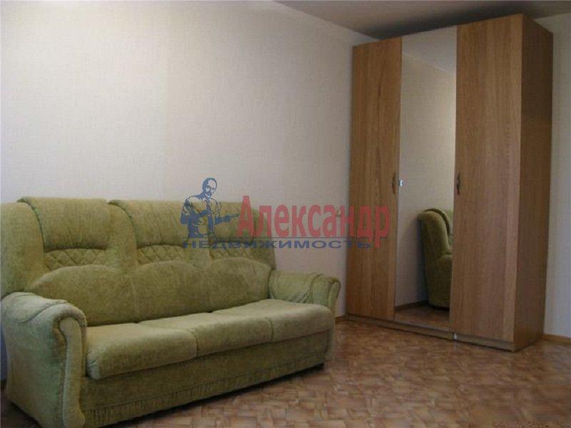 3-комнатная квартира (65м2) в аренду по адресу Тореза пр., 8— фото 2 из 5