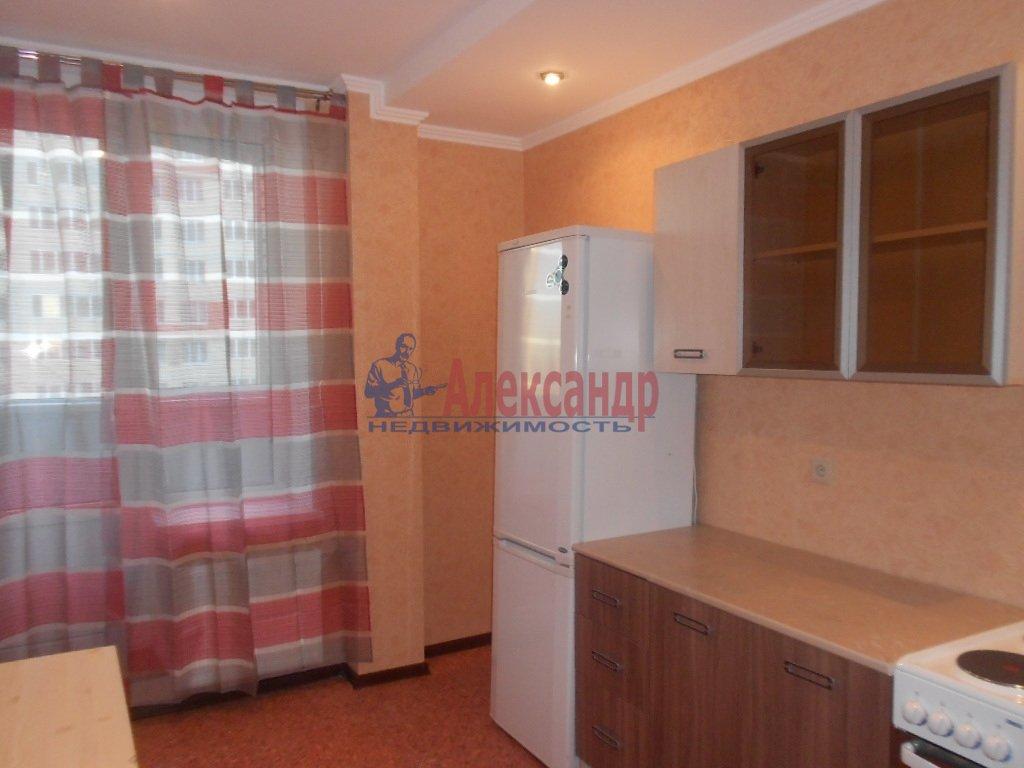 1-комнатная квартира (33м2) в аренду по адресу Композиторов ул., 4— фото 1 из 3