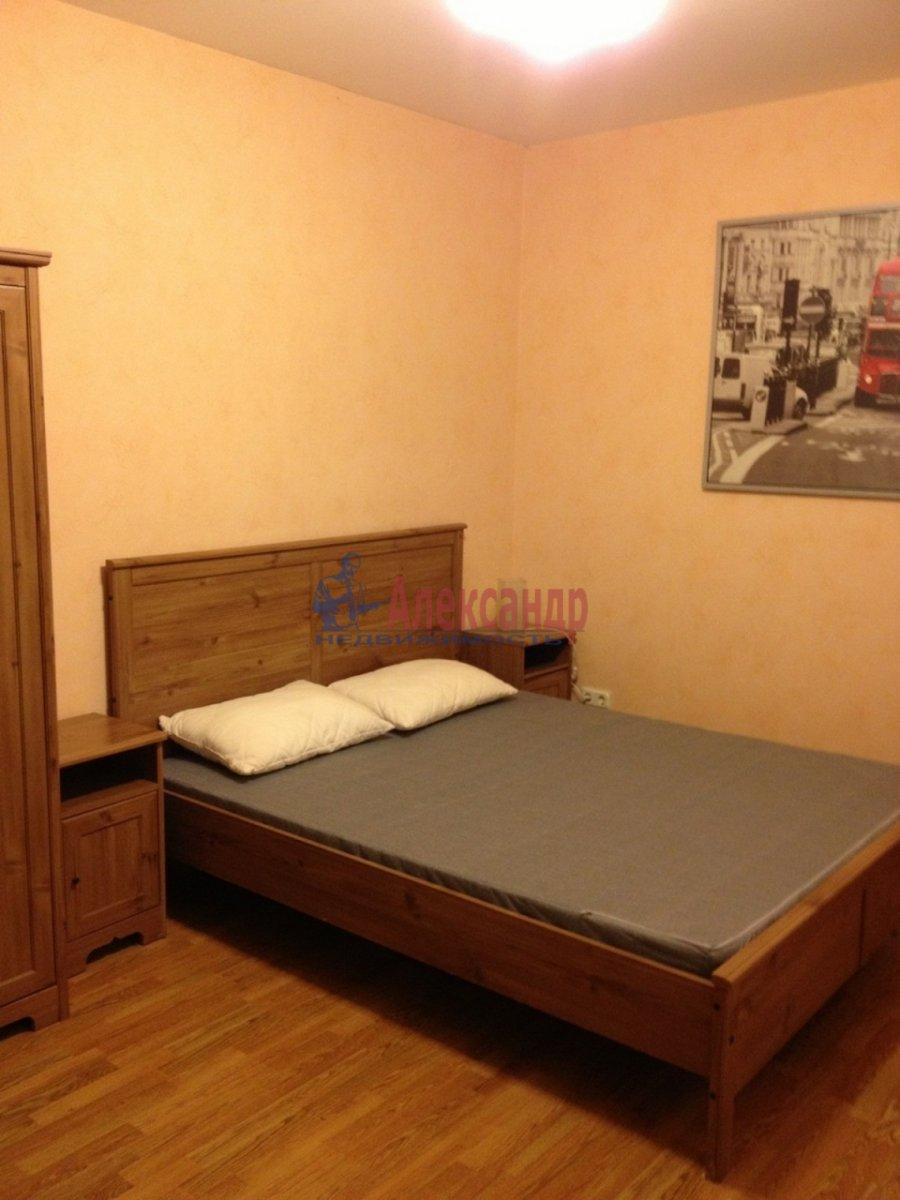 2-комнатная квартира (50м2) в аренду по адресу Шпалерная ул., 44— фото 1 из 12