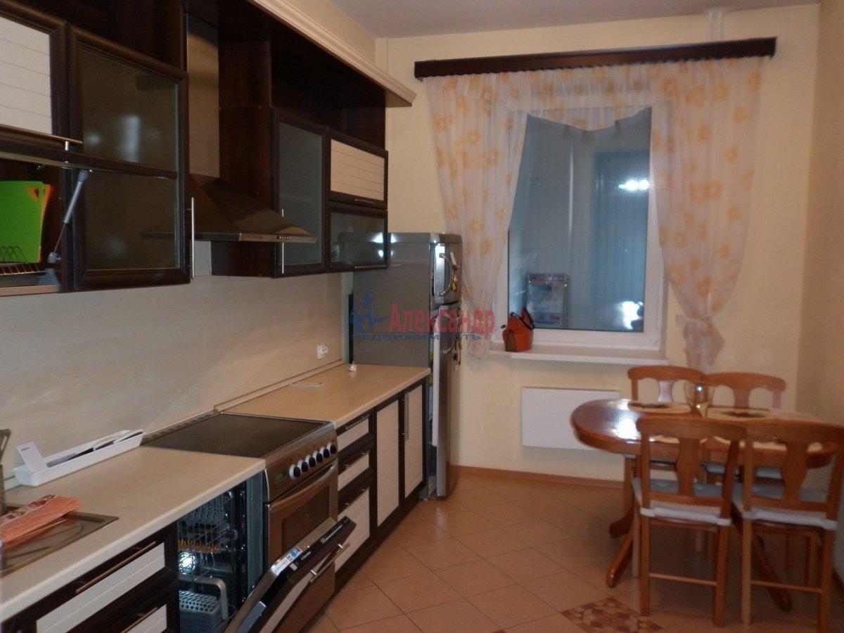 2-комнатная квартира (80м2) в аренду по адресу Асафьева ул., 5— фото 3 из 11