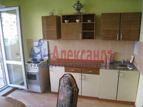 1-комнатная квартира (38м2) в аренду по адресу Хошимина ул., 9— фото 1 из 9