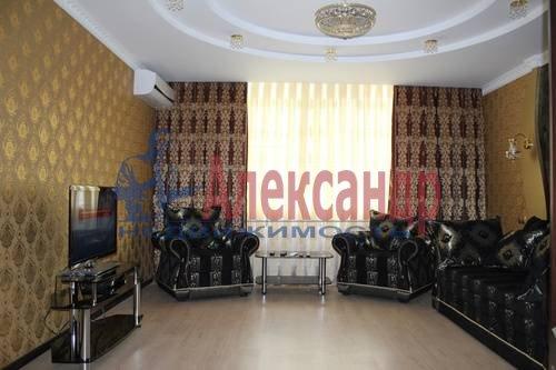 1-комнатная квартира (50м2) в аренду по адресу Беринга ул., 5— фото 1 из 6